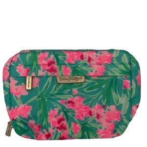 Lilly Pulitzer cosmetic bag- brand new